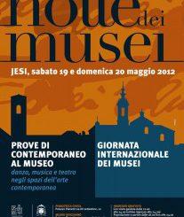 Manifesto_notte_2012-207×300