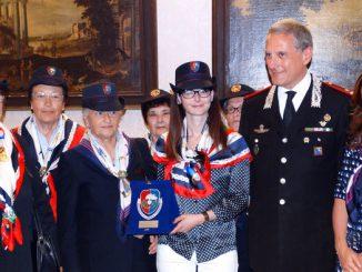 Lucia Annibali diventa socia benemerita dell'Associazione nazionale carabinieri
