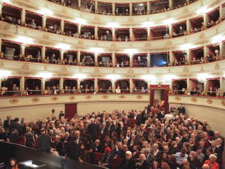 Pubblico_Teatro-Pergolesi_JESI-1024×700