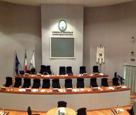 Regioni: aula del Consiglio regionale delle Marche