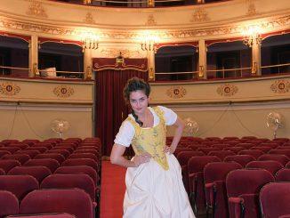 Viste-Teatro-Pergolesi-con-Serpina-700×1024