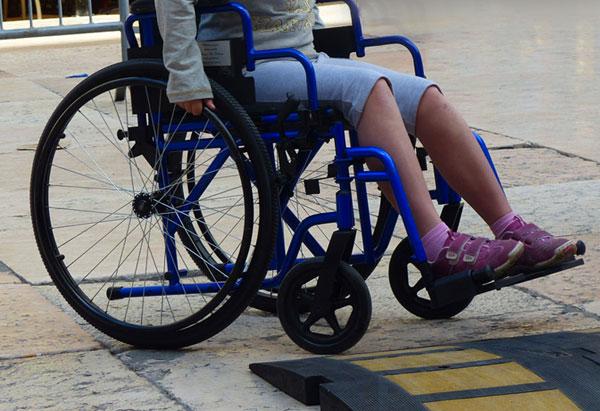 bambino-disabile1