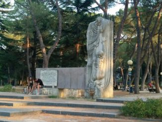 monumento caduti giovani