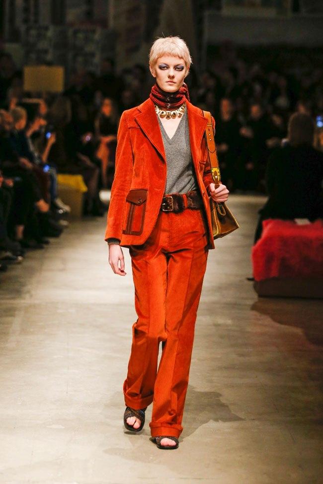e59b5a78af Moda Chic & Shock, tailleur o no? | Password Magazine