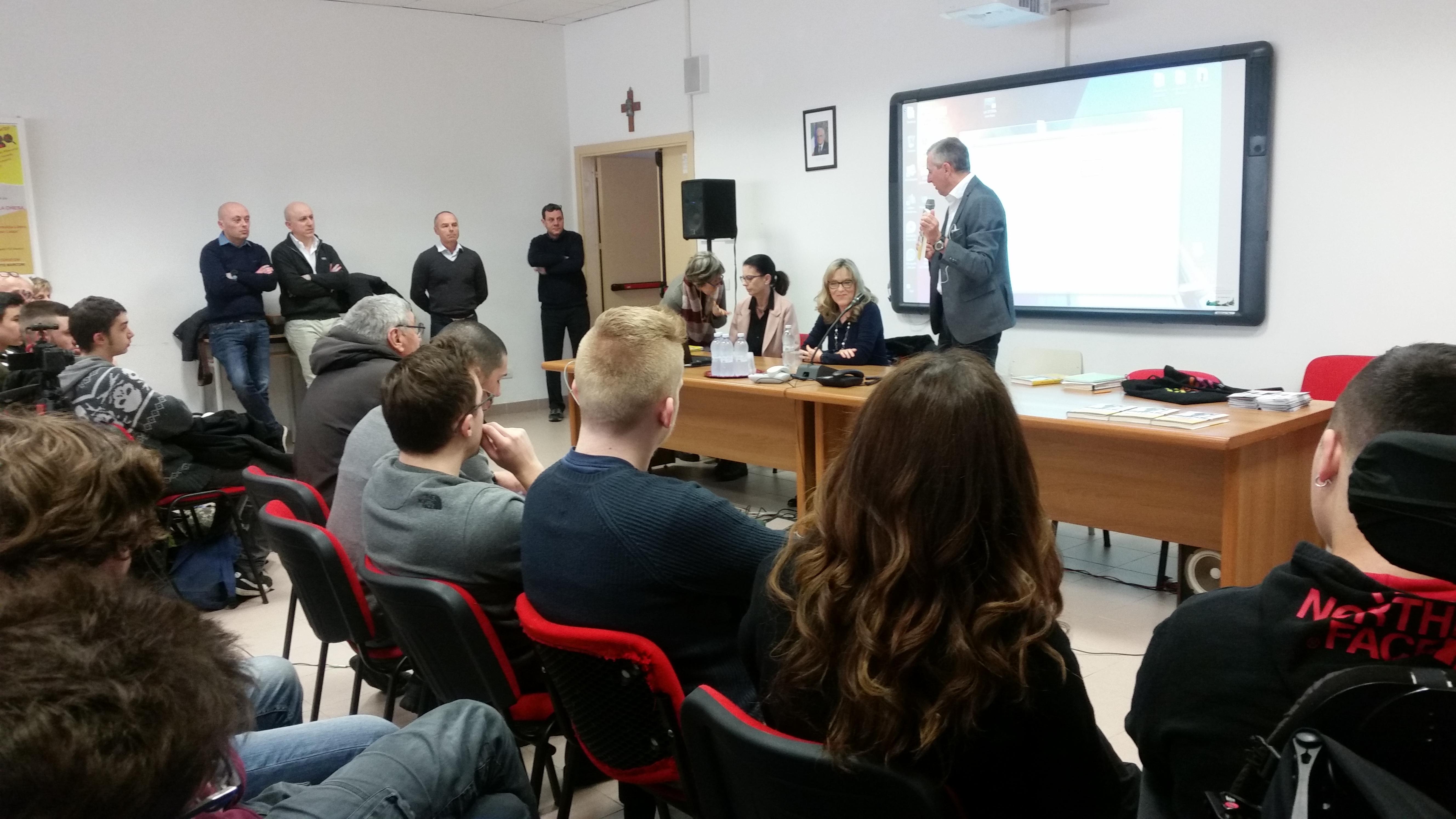 Simona Dalla Chiesa e Corrado Marri – incontro studenti 1
