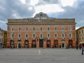 Teatro Pergolesi_esterno_ foto di Claudio Pasquinelli_01