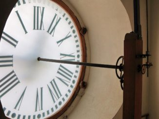quadrante dell'orologio di Pietro Mei a Montecarotto