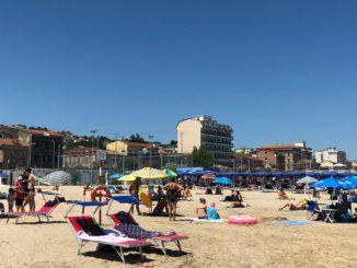 Spiaggia_mare_falconara