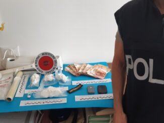 droga con Poliziotto