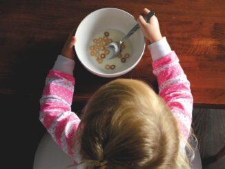 bambino_cibo